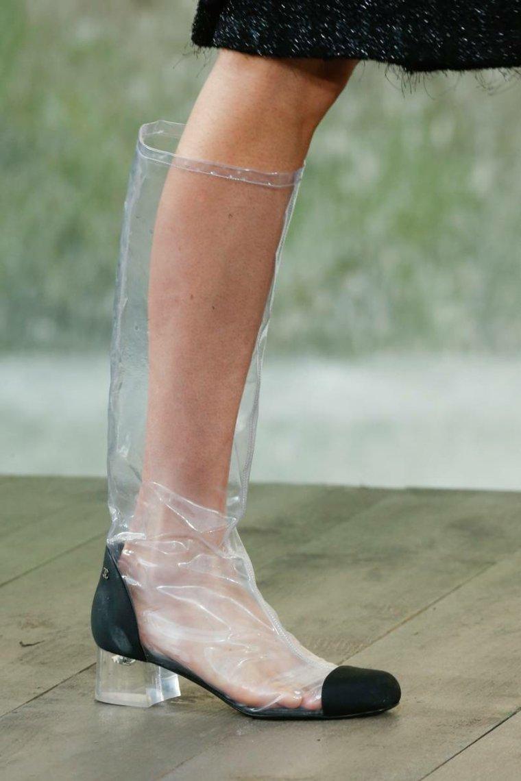 moda-actual-verano-esenciales-zapatos-Chanel