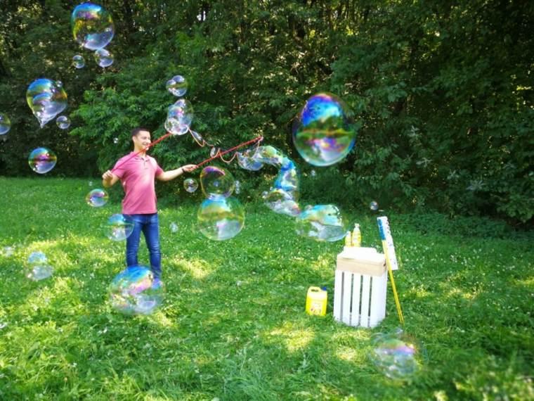 muchas-burbujas-de-jabón
