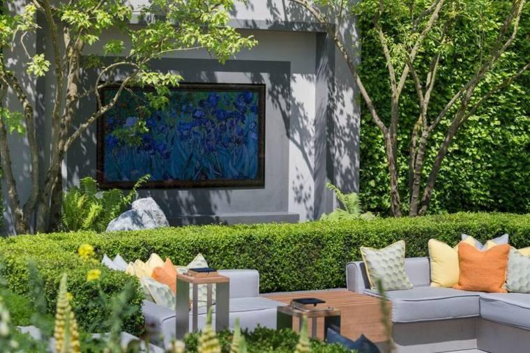 pantalla-en-el-jardin