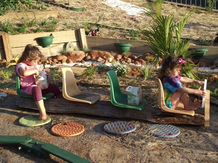 parque infantil Diy en el patio