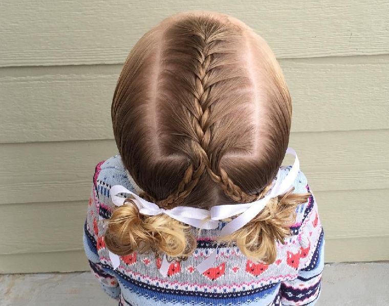 peinado-nina-pelo-corto-dos-coletas