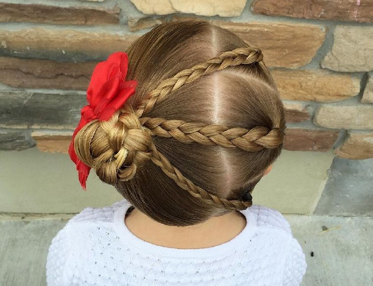 peinado-nina-pelo-corto-tres-trenzas