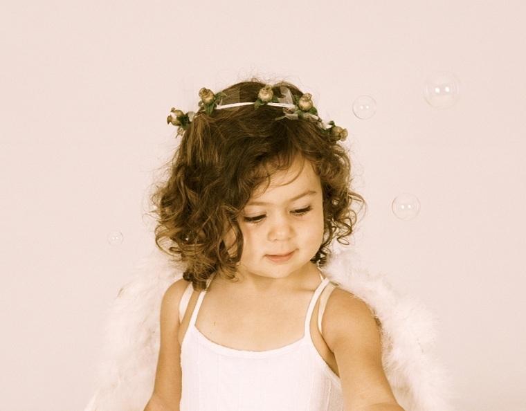 peinados para nina-pelo-rizado-chicas-pequenas