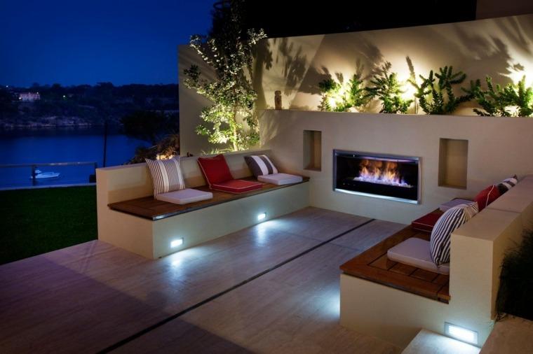 originales diseños de jardines con chimeneas modernas