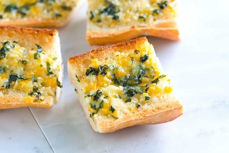 recetas-para-desayunos-pan-tostado-ajos-ideas