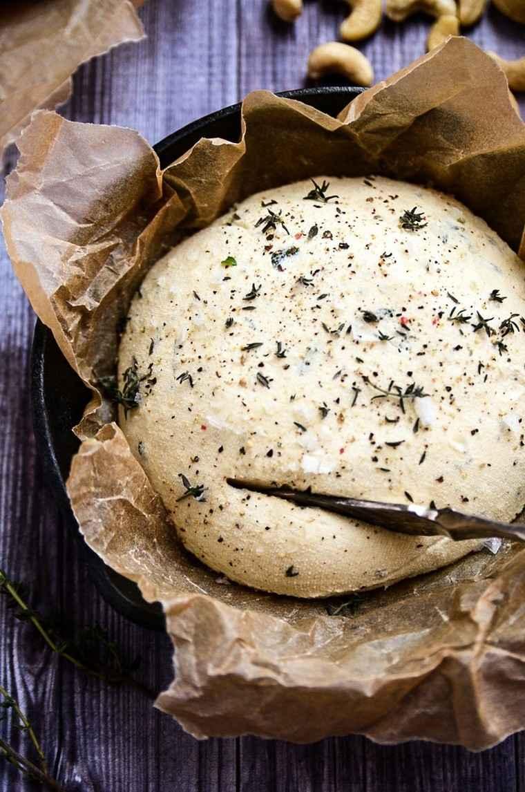 recetas-para-desayunos-pan-tostado-queso-vegano-facil