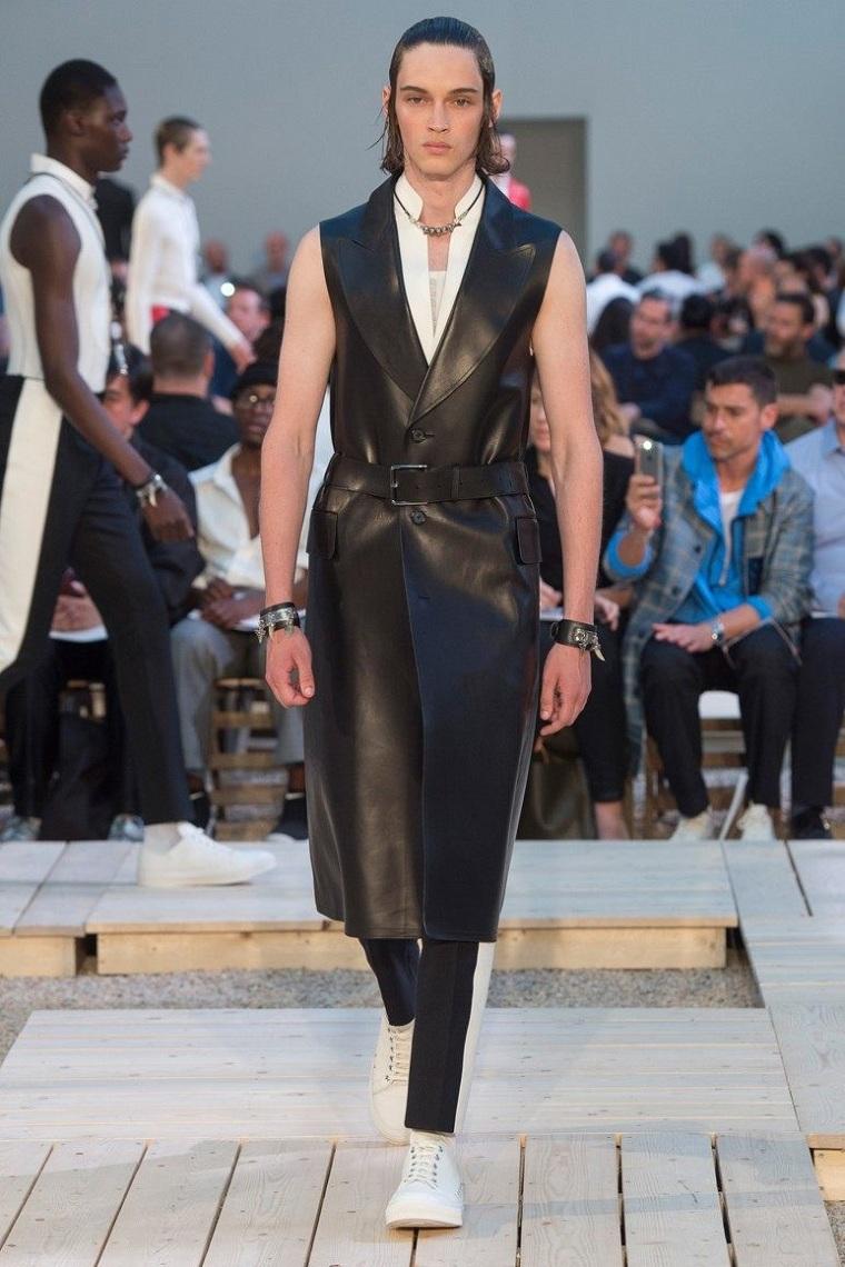 ropa de moda para hombrechaleco-largo-cuero