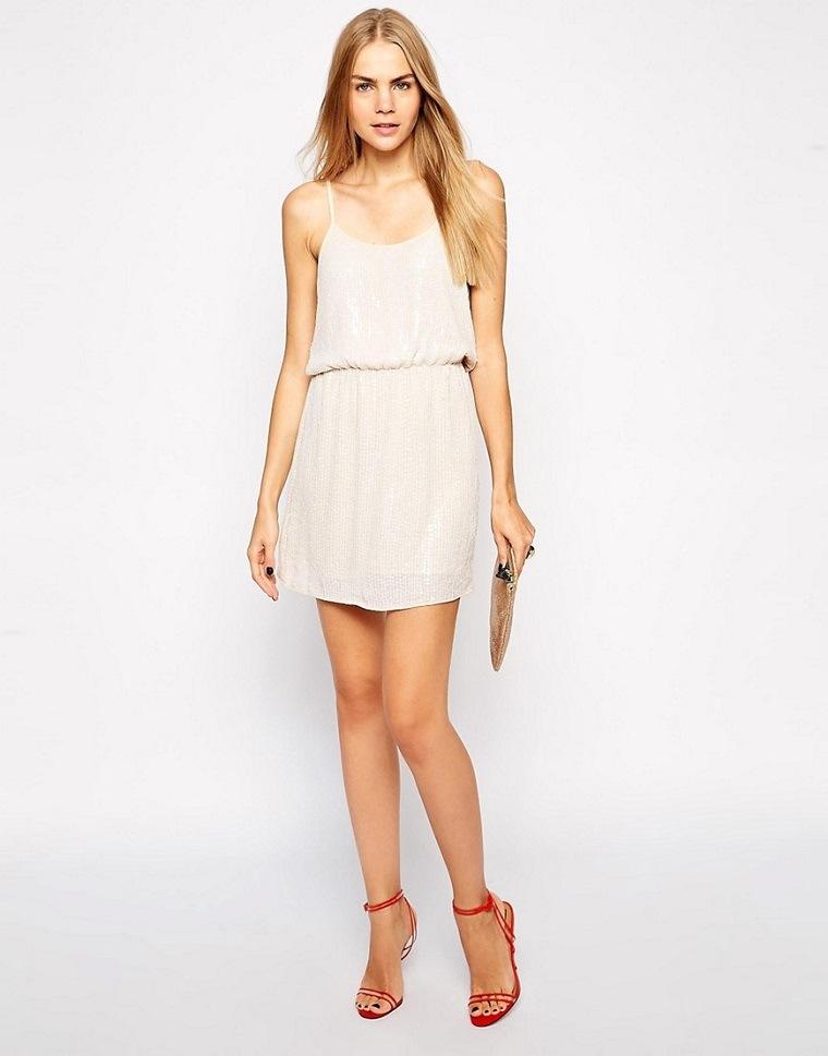 ropa de moda para mujer-vestid-corto-blanco