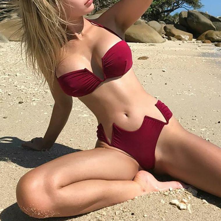 ropa de playa-moderna-mujer