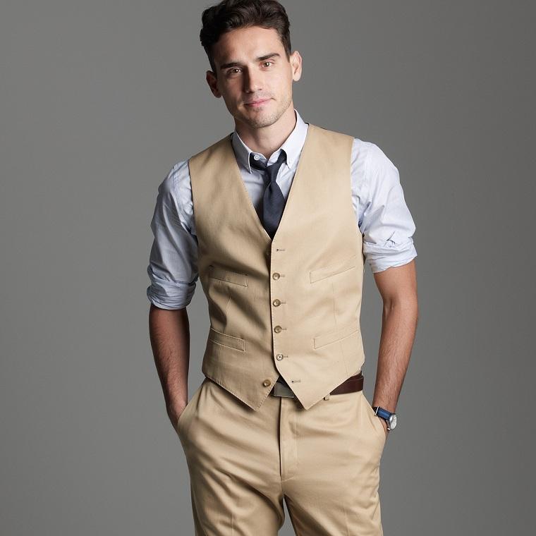 ropa-moda-hombre-color-brillante-opciones-beige