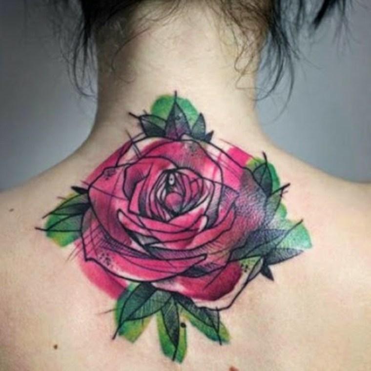 rosa en la espalda
