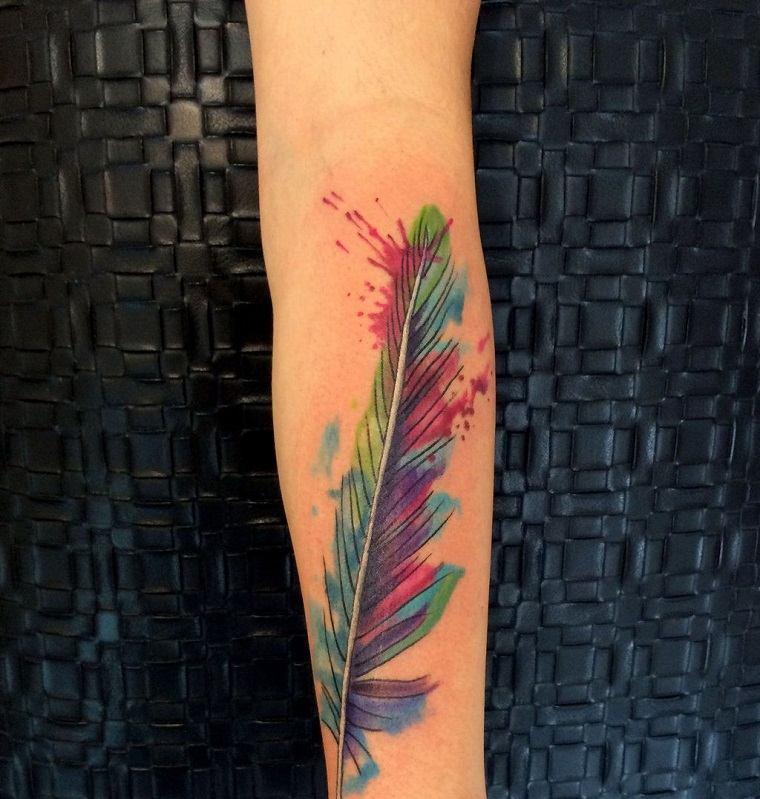 tatuajes-de-plumas-coloridas-opciones