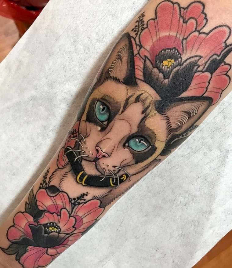 tatuajes-elegantes-tendencias-estilo-moderno-neo-tradicional
