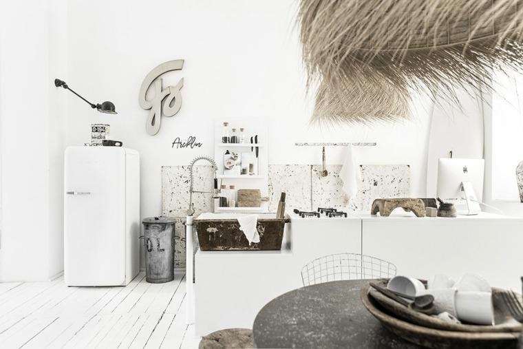 variedad-objetos-vintage-decorativos