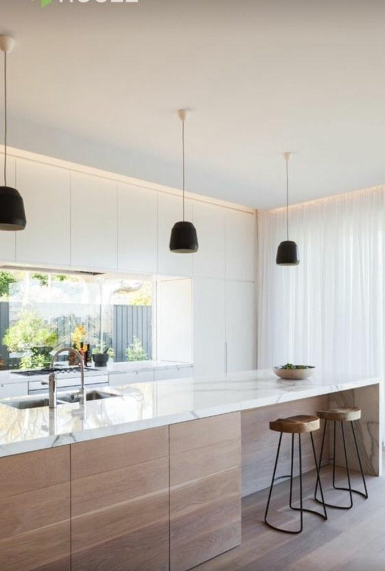 ventana con-vista-en-la-cocina