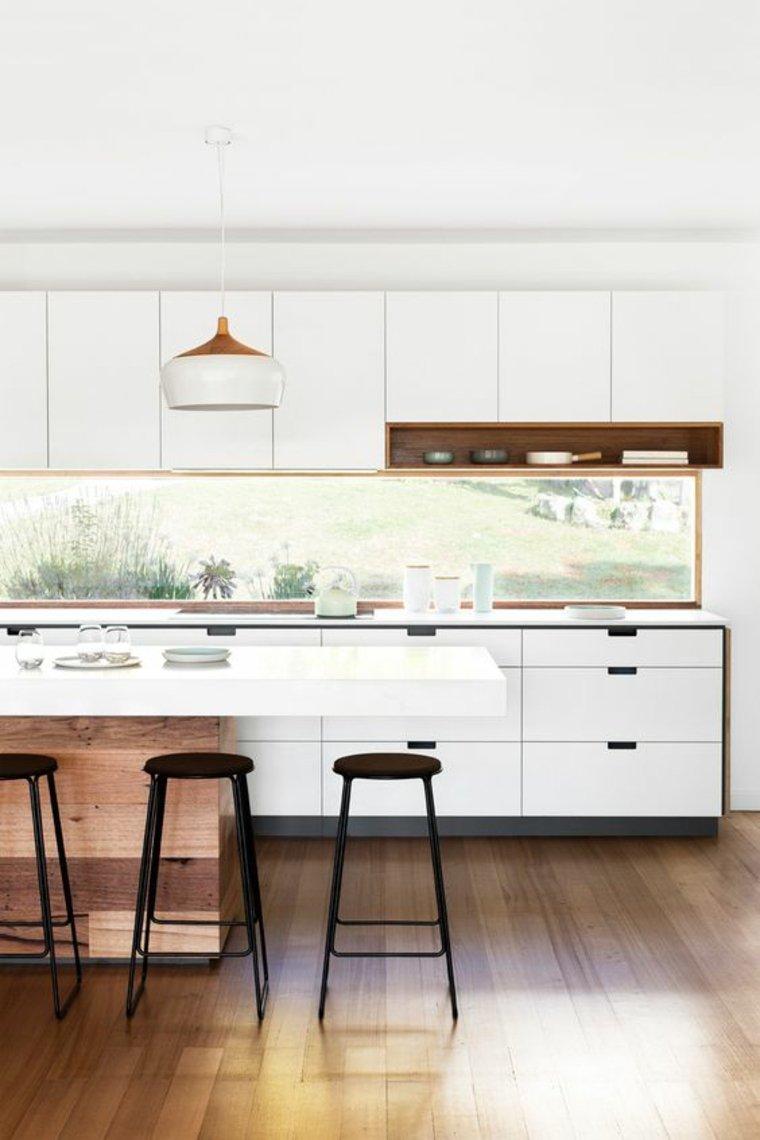 ventana-salpicadero-en-la-cocina