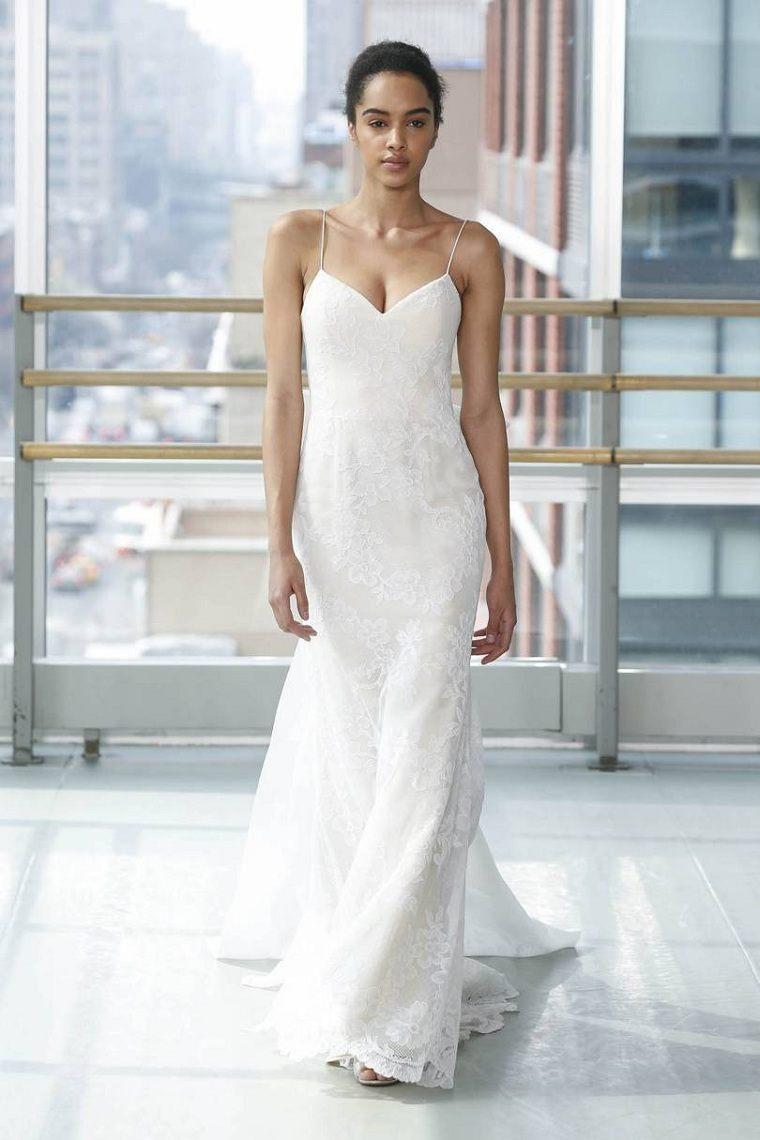 vestidos-de-novia-modernos-Claire-Pettibone-2019