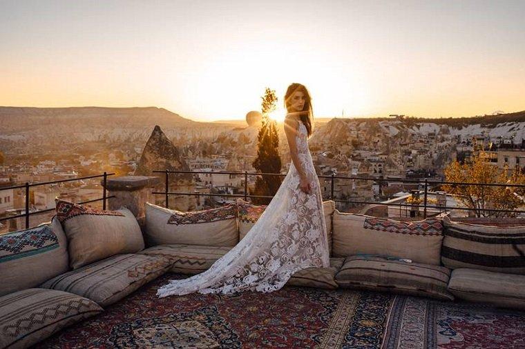 vestidos-de-novia-modernos-opciones-playa-estilo-novia
