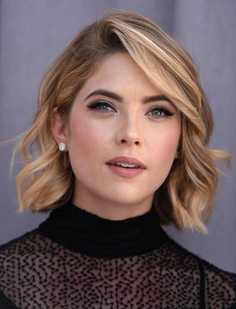 Ashley-Benson-corte-cabello-femenino-opciones