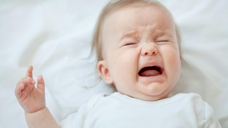 bebe-llorando-sueno-mitos