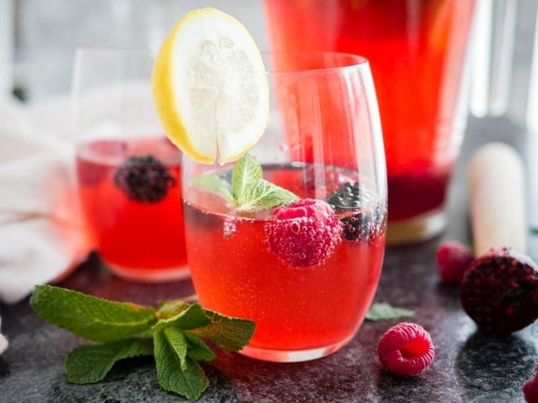 bebidas preparadas-limones-moras