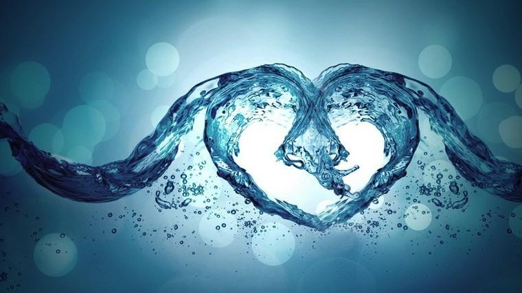beneficios-de-tomar-agua-verano