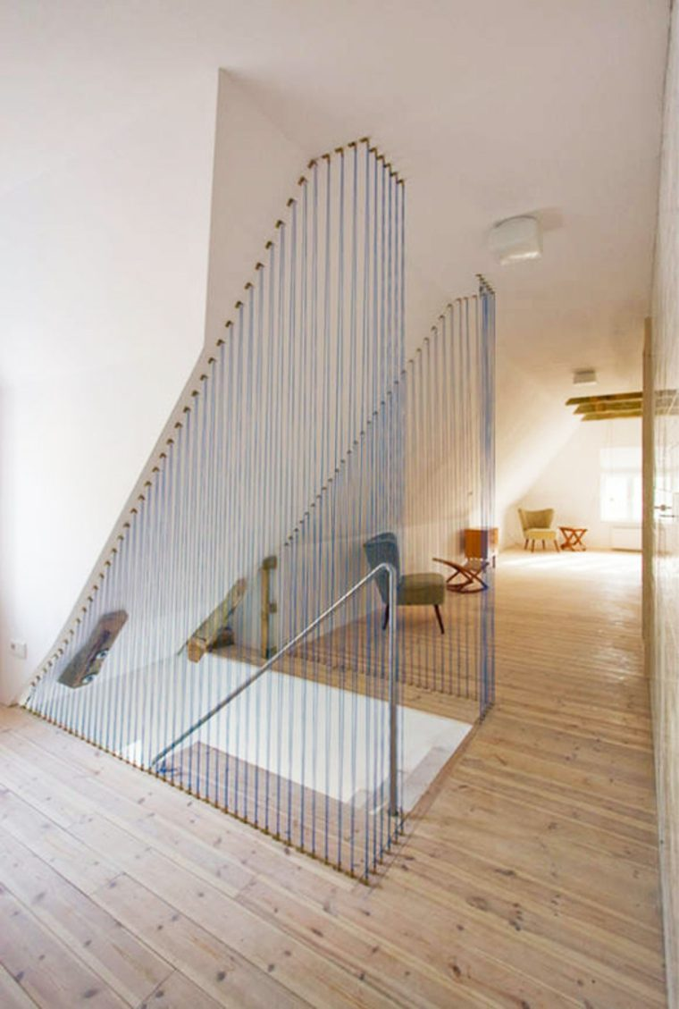 Divisor de escaleras interiores
