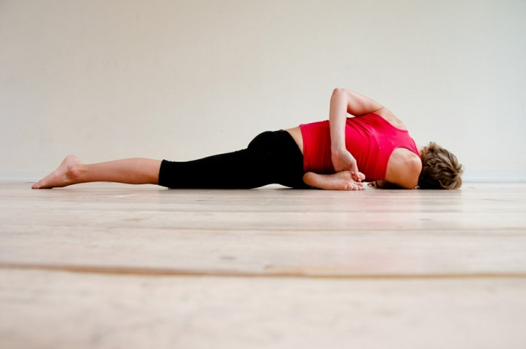 posturas y poses de yoga