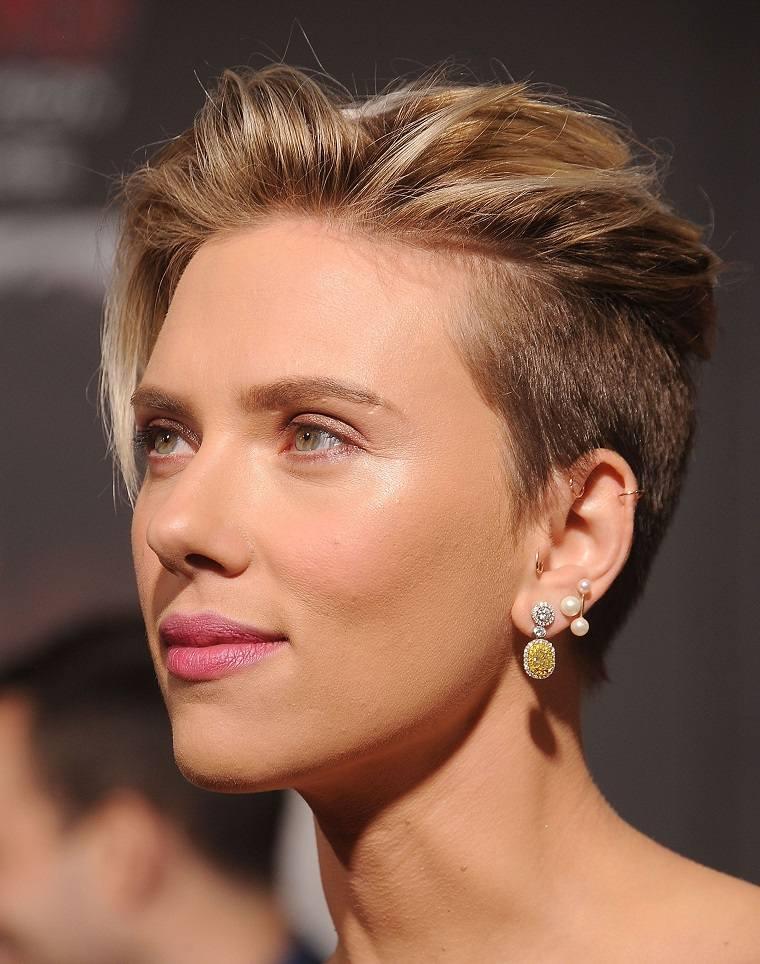 cabello-corto-verano-opciones-Scarlett-Johansson