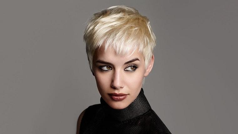 cabello-rubio-corto-estilo-moderno