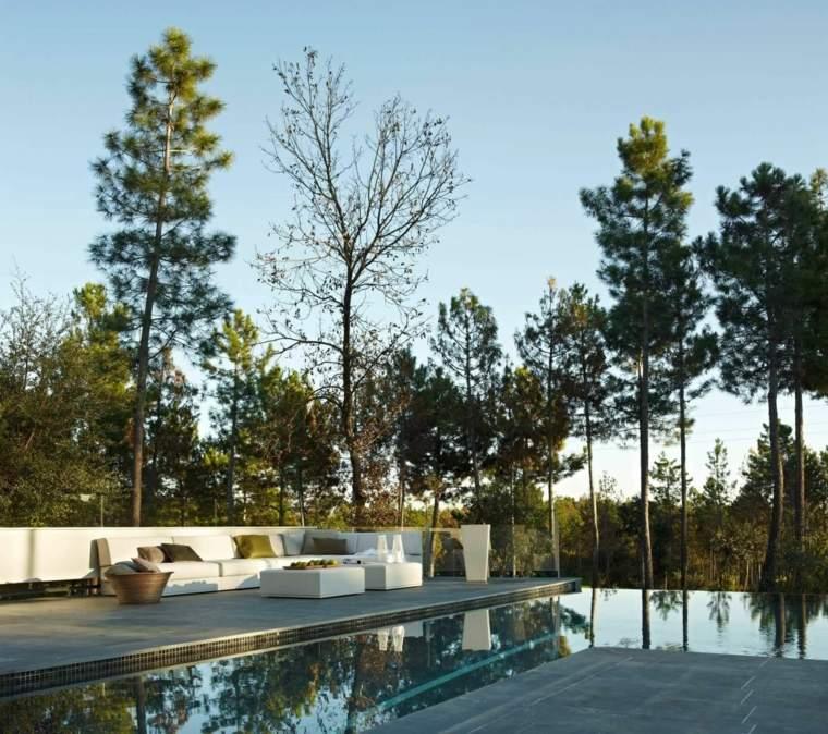 casa-jardin-moderno-estilo-diseno