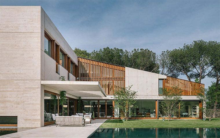 casa moderna diseño patio interior