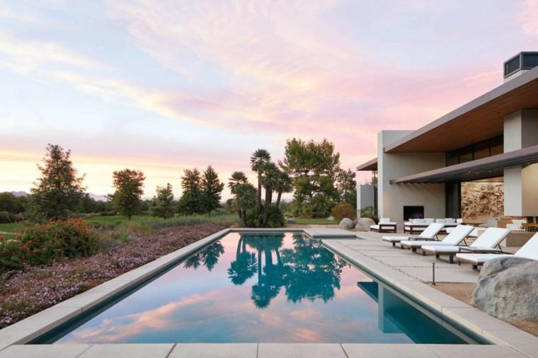casa-piscina-lugar-desanso-chimenea