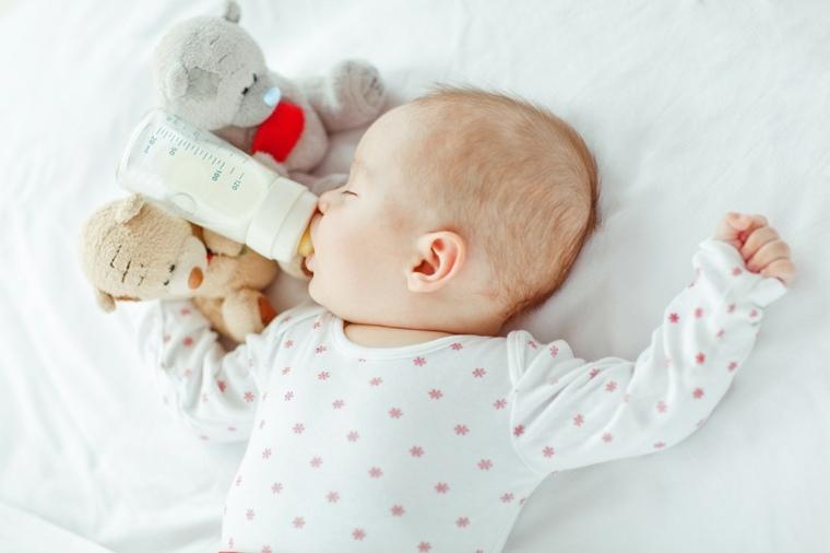 comida-ayuda-dormir-bebe-mitos