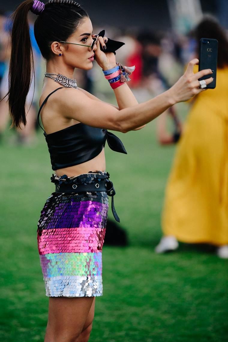 consejos-de-belleza-camila-coelho-selfie