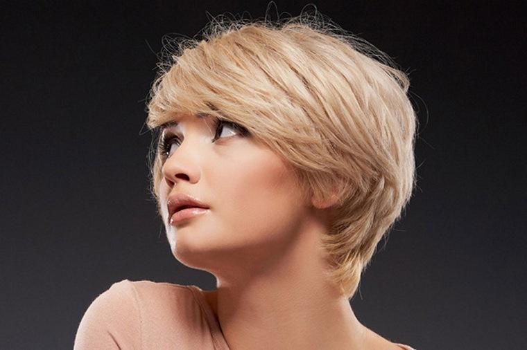 Cortes de pelo corto mujer rubia