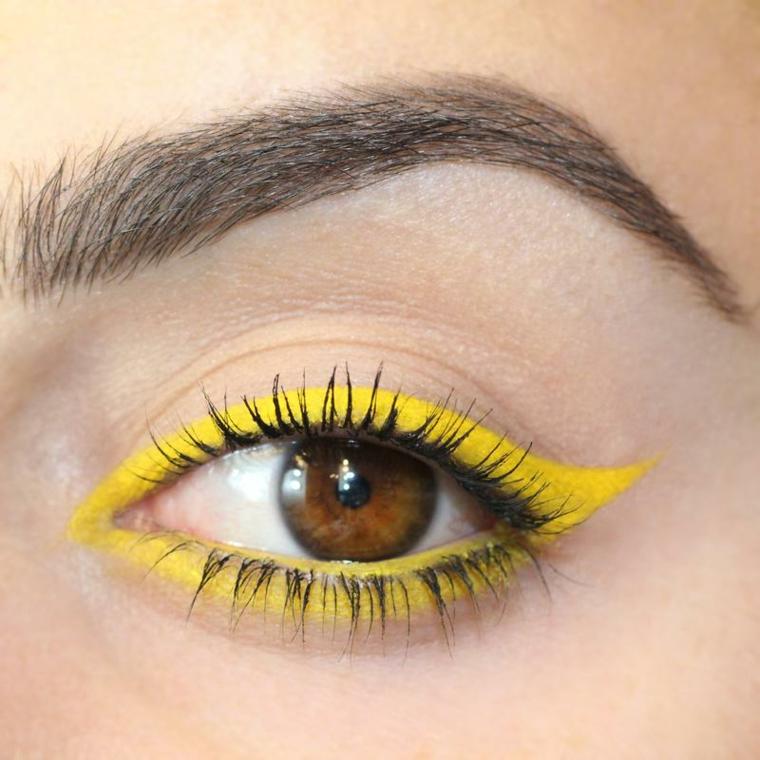 Amarillo muy pigmentado