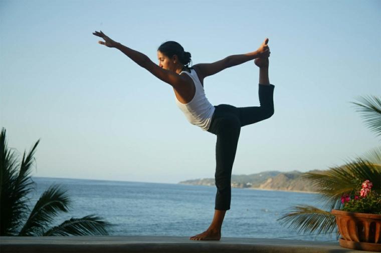 deporte y salud-combinados-yoga