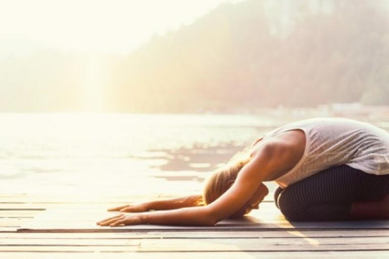 posturas de yoga simples