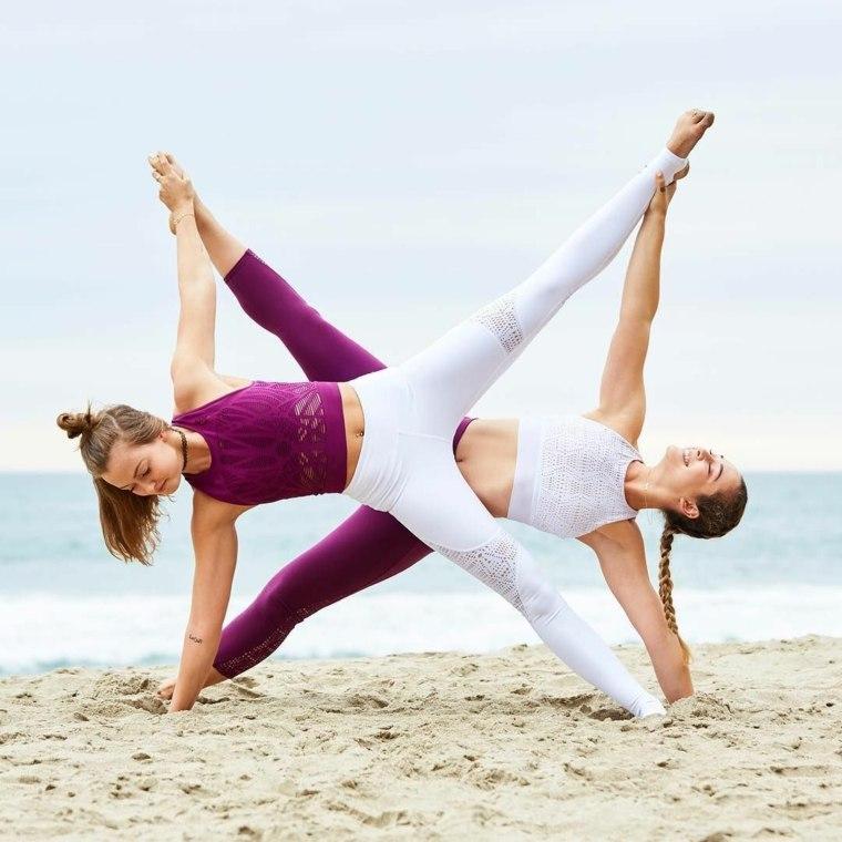 el yoga-deporte-beneficioso-salud