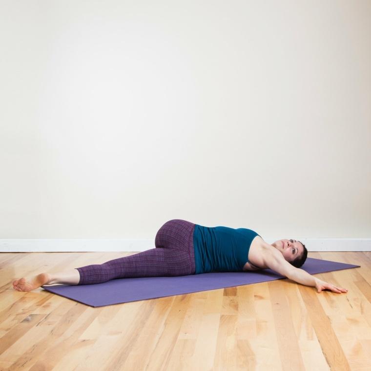 el yoga-ejercicios-faciles-caseros