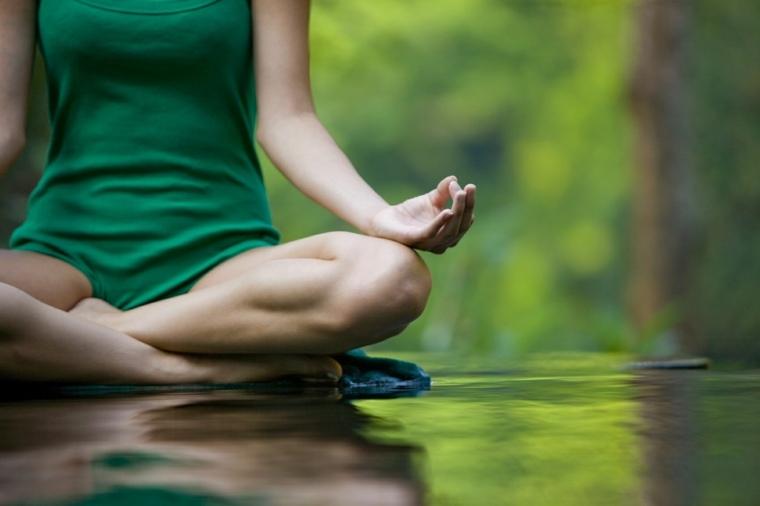 el yoga-principios-basicos