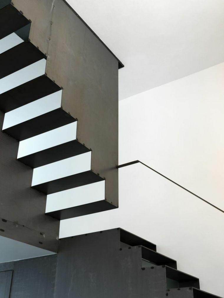 escaleras de aluminio-elementos-negros