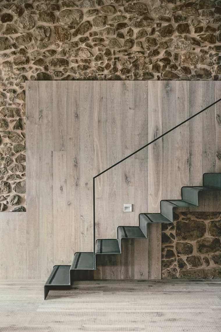 escaleras para casas-modernas-negro