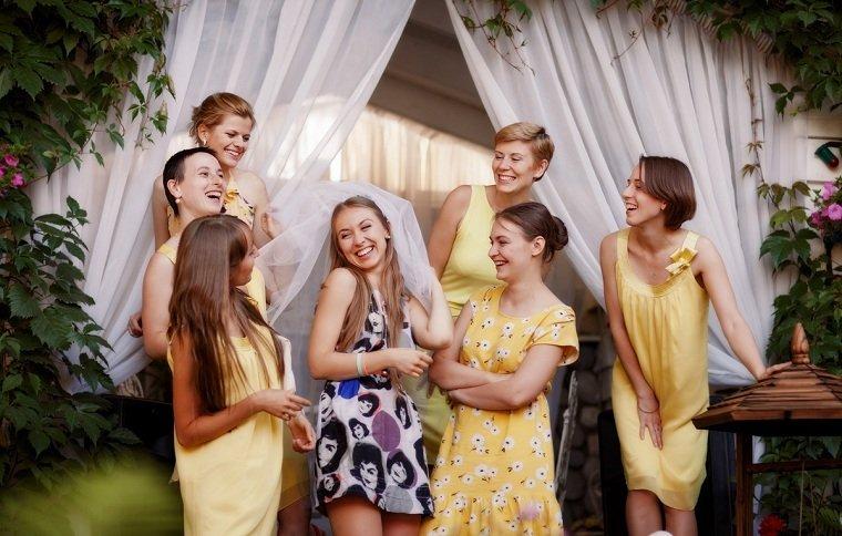 fiesta-de-bodas-despedida-soltera-ideas