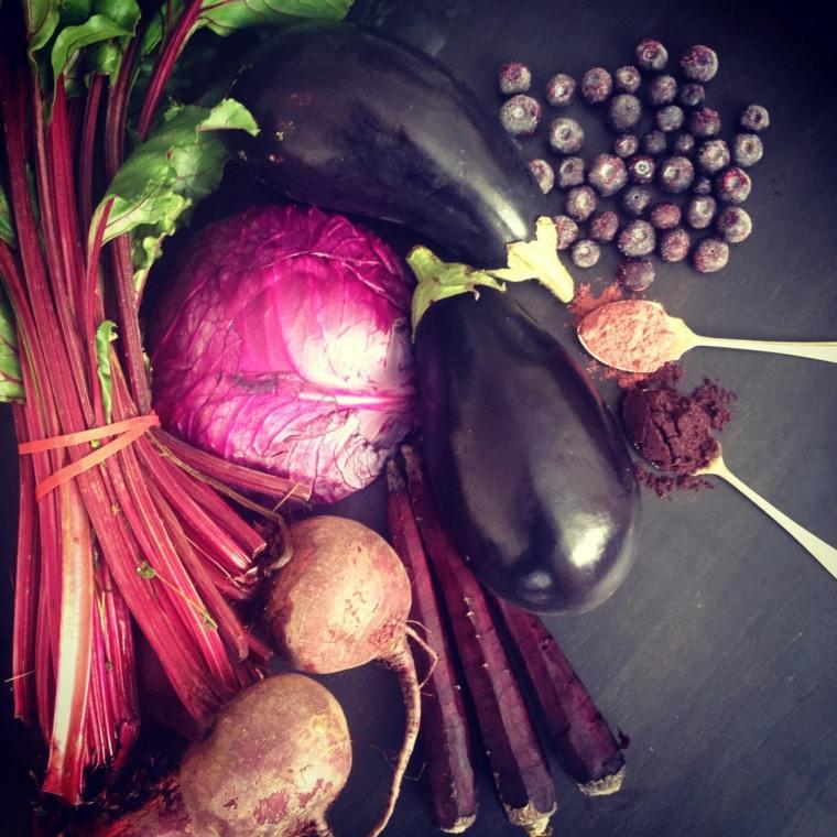frutas y verduras púrpura