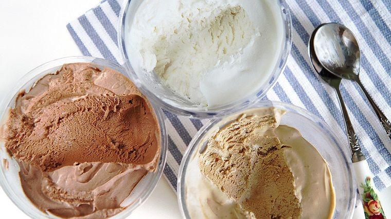 helados-caseros-ideas-recetas-chocolate-vainilla