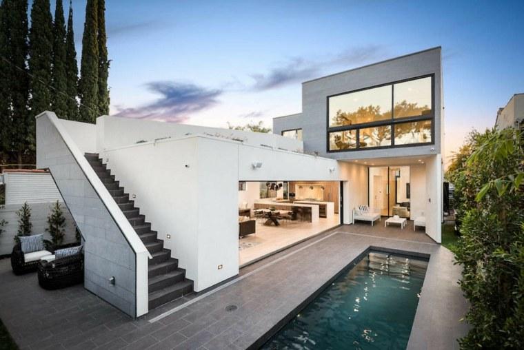 ideas-jardines-estrechos-piscina