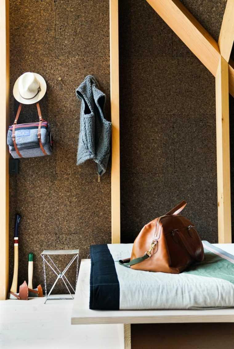 interior-de-madera-y-corcho
