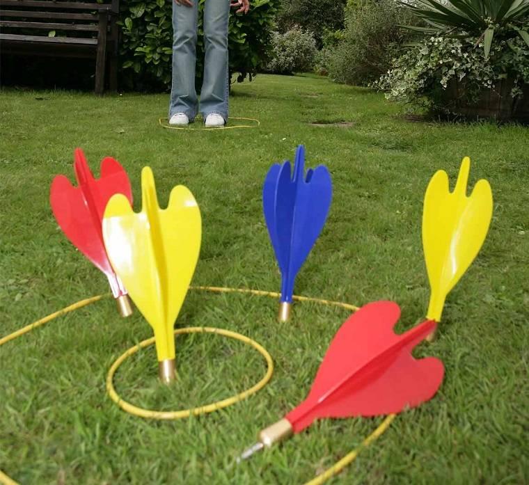 juego-ninos-flechas-lanzar